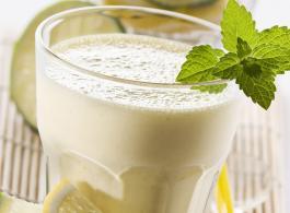 Mint and lemon milkshake_1440x770.jpg